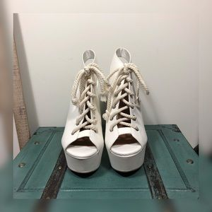 Shoe Cult By Nasty Girl Laceup Platform